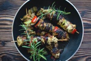 chicken-skewers-in-a-pan-picjumbo-com